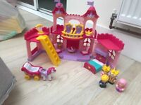 Girls princess castle toy