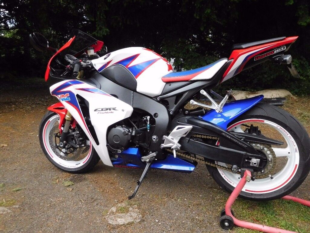 2010 cbr 1000 rr a fireblade excellent condition loaded with extra 39 s px swap in nuneaton. Black Bedroom Furniture Sets. Home Design Ideas