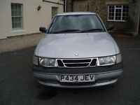Saab 900s 1996 P reg. 2.0L petrol, 101,000 miles, Silver, 3 door Hatchback