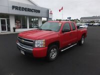 2011 Chevrolet Silverado 1500 LT! 5.3L V8! 4WD! LOADED! 81KM!