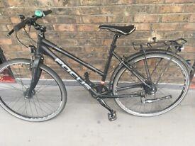Ladies Hybrid Bike - ideal for commuting