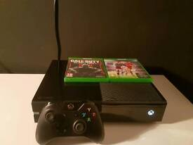 XBOX ONE 500GB - CALL OF DUTY: BLACK OPS 3 FIFA 16 & FIFA 17 DEMO