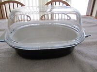 Pyrex Ovenproof ceramic Dish Oval with glass lid Length 13 inches Width 9.5 inches Height 7 inches.