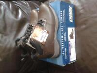 brand new in box mens khombu hiking boots.