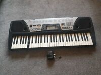 YAMAHA PSR-175 Music Keyboard with DJ Voices ( 2 keys not work 1 is good and 1 key is broken )