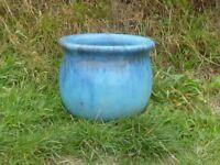 Superb Light Blue Garden Planter Garden Pot with Darker Trickle over Glaze 22cm Tall