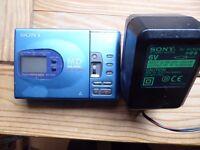 Sony MD Walkman MZ R35 with power supply