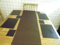 Table runner, platemats & coasters