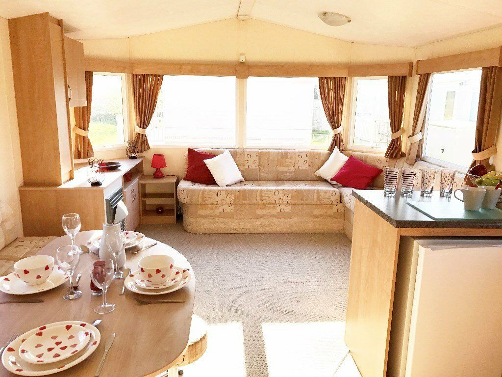 END OF SEASON CLEARANCE. SITED STATIC CARAVAN FOR SALE. WITH 2018 SITE FEES. NORFOLK. 200M TO BEACH