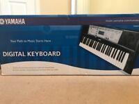 Yamaha YPT-200 Digital Keyboard