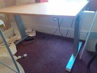 V100 electric gaming/office desk