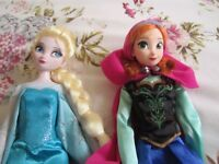 Disney store first release Ana and Elsa dolls