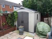 10x8 ft shed 18months old in great condition