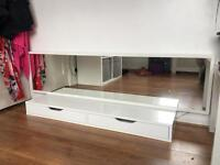 Ikea wall mount dressing table with mirror