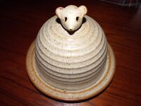 Gorgeous ceramic cheesebowl with mouse feature-handle.