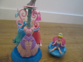 CINDERELLA CLOTHES / BAGS CAROUSEL PLUS CINDERELLA CHAIR - VGC