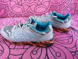Onitsuka Tiger . LIMITED EDITION. Size UK 8 . GREAT CONDITION.