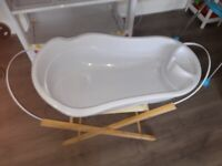Babe style changing and bath unit