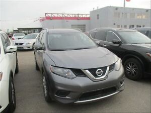 2016 Nissan Rogue SV| AWD | Moonroof | Heated Seats | Back UP Ca