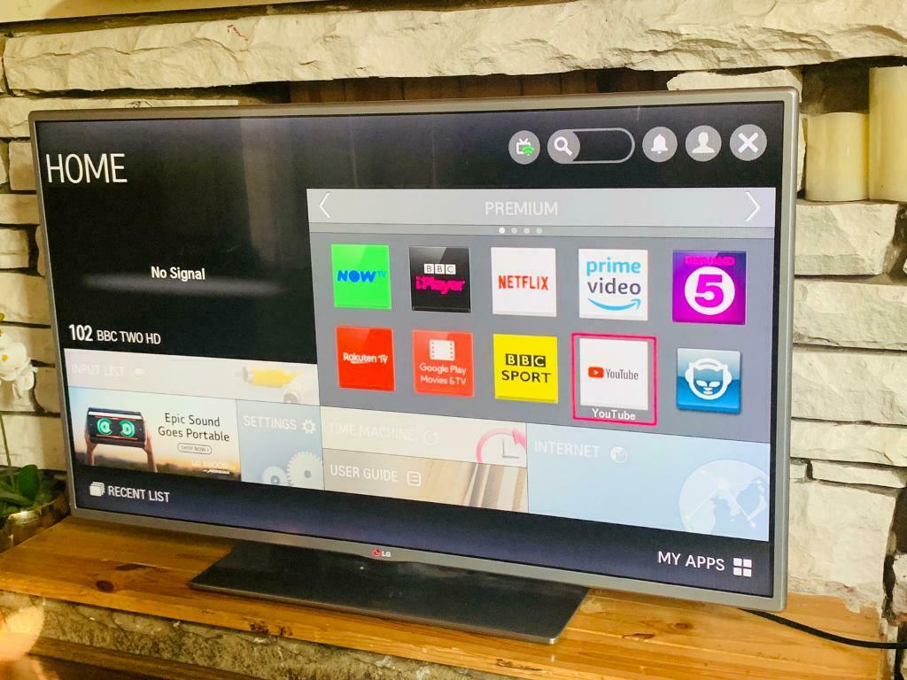"42""LG LED 3D SMART WIFI TV CAN DELIVER 