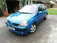 2003 Renault Clio Dynamique, great first car.