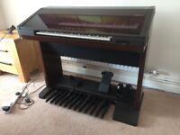 Yamaha EL70 organ