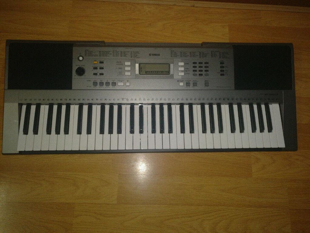 yamaha keyboard psr e353 excellent condition hardly used. Black Bedroom Furniture Sets. Home Design Ideas