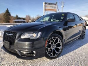 2018 Chrysler 300 S Loaded S with NAV, Sunroof, Heated Leathe...