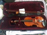 Vivaldi wooden violin, rosin and case