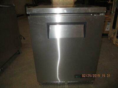 True Tuc-24-hc Undercounter Reach-in Refrigerator