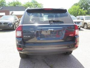 2015 Jeep Compass Sport 4WD Cambridge Kitchener Area image 3