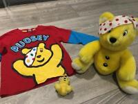 Pudsey 4-5yr tshirt, soft toy and keyring