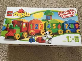 Lego Duplo Learn to Count train