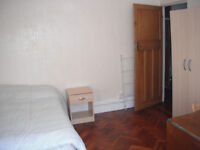 BIG DOUBLE ROOM IN CLAPHAM COMMON PERFECT FOR A COUPLE - £750 PCM - ALL BILLS