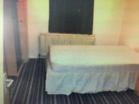 Double room in Hayes £400 per month