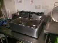 Double Deep Fat Fryer nearly new 2 months old