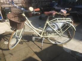 Claud butler town bike