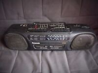 Panasonic RXFT570 cassette recorder with line-in for mp3 / phone / cd player