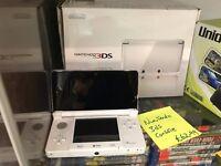 NINTENDO 3DS CONSOLE WHITE BOXED
