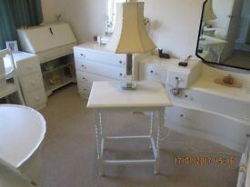 SOLID OAK LAMP TABLE PAINTED LAURA ASHLEY COUNTRY WHITE