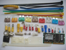 cheapest UK 6 WAY EXTENTION LEADS 2M WHITE WITH NEON LIGHTS ties PVC tapes auto fuse crimps charger