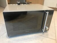 Kenwood 25 Litre Microwave oven - hardly used, excellent condition