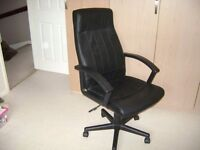 Office table and office chair for sale'