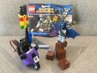 LEGO DC Comics Batman 6858 - Catwoman Catcycle City Chase - 100% Complete