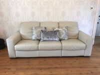 CREAM LEATHER NATUZZI SOFA VERY GOOD CONDITION 1 X THREE SEATER & 2 X TWO SEATER THAT RECLINE