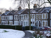 Amazing Two Bed Victorian Flat for Rent in Brixton