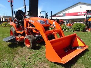 2014 kubota BX2370-1 Tractor with Mower, Loader & Bucket