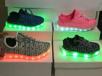 Kids trainers with light