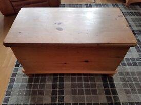 Solid Pine Otterman/blanket box/toy box/storage chest