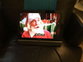 Grundig 19 LCD Tv with freeview and Built in DVD Player